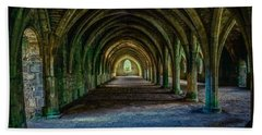 Vaulted, Fountains Abbey, Yorkshire, United Kingdom Bath Towel