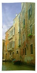 Hand Towel featuring the photograph Venetian Canyon by Anne Kotan