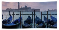 Hand Towel featuring the photograph Venice Dawn IIi by Brian Jannsen