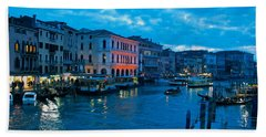 Bath Towel featuring the photograph Venice Evening by Eric Tressler