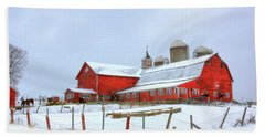 Bath Towel featuring the digital art Vermont Barn by Sharon Batdorf