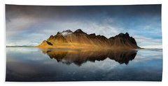 Bath Towel featuring the photograph Vestrahorn Panao by Allen Biedrzycki