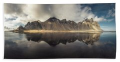 Vestrahorn Panorama Bath Towel