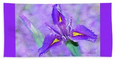 Bath Towel featuring the photograph Vibrant Iris On Purple Bokeh By Kaye Menner by Kaye Menner