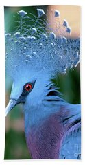 Victoria Crowned Pigeon Bath Towel
