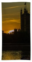 Victoria Tower In London Golden Hour Bath Towel