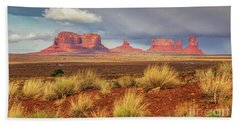 View Of Monument Valley Bath Towel