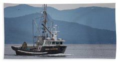 Hand Towel featuring the photograph Viking Sunrise At Nw Bay by Randy Hall