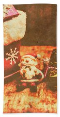 Vintage Christmas Art Bath Towel
