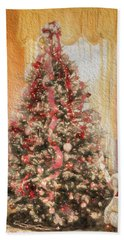 Bath Towel featuring the photograph Vintage Christmas Tree In Classic Crimson Red Trim by Shelley Neff