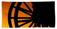 Wagon Wheel Sunset Bath Towel