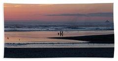 Walking Dogs On The Beach Bath Towel
