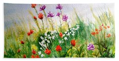 Hand Towel featuring the painting Washington Wildflowers by Lynn Quinn