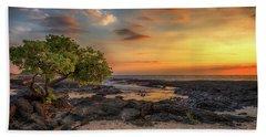Wawaloli Beach Sunset Bath Towel