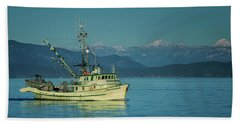 Bath Towel featuring the photograph Western King At French Creek by Randy Hall