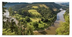 Bath Towel featuring the photograph Whanganui River Bend by Gary Eason