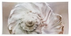 Hand Towel featuring the photograph Whelk Shell by Benanne Stiens