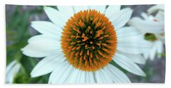 White Cone Flower Bath Towel