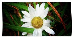 White Daisy Bath Towel by Inspirational Photo Creations Audrey Woods