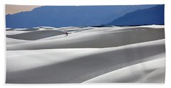 Hand Towel featuring the photograph White Sands Hikers by Martin Konopacki