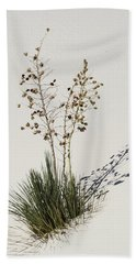 White Sands Yucca Hand Towel