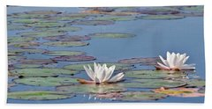 White Water Lilies Bath Towel