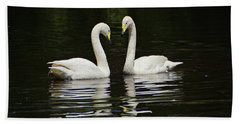 Hand Towel featuring the photograph Whooper Swans by Sandy Keeton