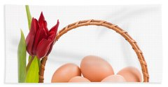 Wielkanocna Swieconka Of Eggs In Wicker Basket  Bath Towel