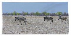 Bath Towel featuring the photograph Wild Zebra Panoramic by Ernie Echols