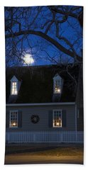 Williamsburg House In Moonlight Hand Towel