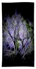 Hand Towel featuring the digital art Winter Dream by Ludwig Keck