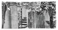 Winter Steps At The Vanderbilt In Centerport, Ny Hand Towel