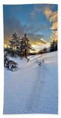 Winter Sunset Bath Towel by David Andersen