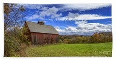 Woodstock Vermont Old Red Barn In Autunm Bath Towel