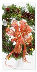 Hand Towel featuring the digital art Wreath With Bow by Lise Winne