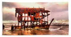 Wreck Of The Peter Iredale  Bath Towel