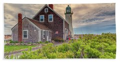Yellow Clouds Over Scituate Lighthouse Bath Towel