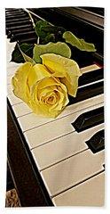 Yellow Rose On Piano Keys Bath Towel