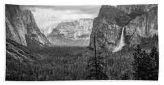 Yosemite View 38 Bath Towel by Ryan Weddle