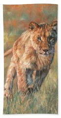 Hand Towel featuring the painting Youn Lion by David Stribbling
