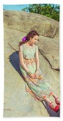 Young American Woman Summer Fashion In New York Bath Towel