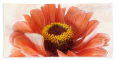 Bath Towel featuring the photograph Zinnia Bright by Louise Kumpf