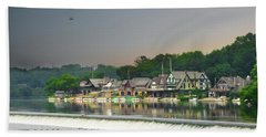 Hand Towel featuring the photograph Zoo Balloon Flying Over Boathouse Row by Bill Cannon