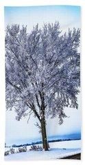 039 - Frosty Tree Bath Towel