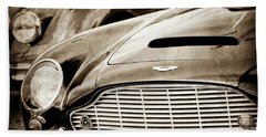 1965 Aston Martin Db6 Short Chassis Volante Grille-0970scl Bath Towel