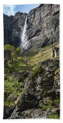 Raysko Praskalo Waterfall, Balkan Mountain Hand Towel