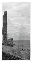 2nd Ranger Battalion Monument B And W Bath Towel
