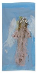 Angel With A Crown Of Daisies Bath Towel