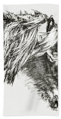 Bath Towel featuring the photograph Assateague Pony Sarah's Sweet Tea Sketch by Bill Swartwout Fine Art Photography