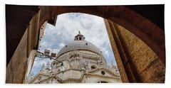 Basilica Di Santa Maria Della Salute Venice Italy Bath Towel